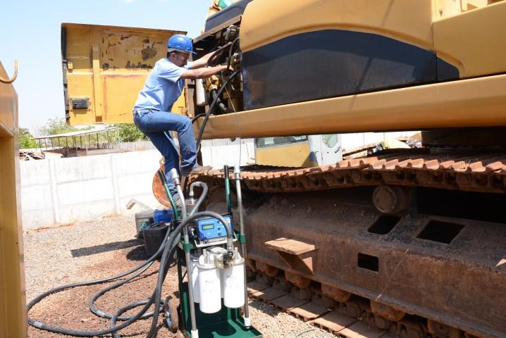 Serviço de Flushing - Descontaminação do óleo e filtragem